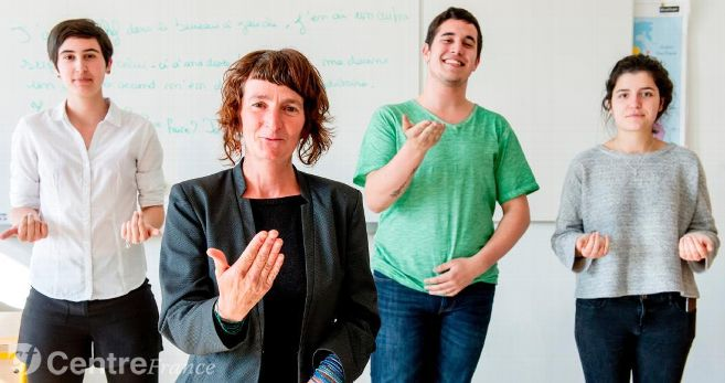 Au lycée Madame-de-Staël, à Montluçon, une option langue des signes au bac